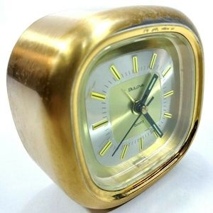 Vintage  Bulova Vintage Clock Japan Quarts Brass